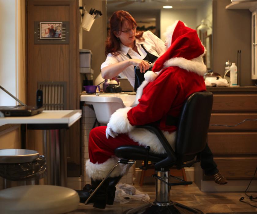 Christmas Beauty Salon.Improving Christmas Retail Revenue In Your Salon Salons Direct