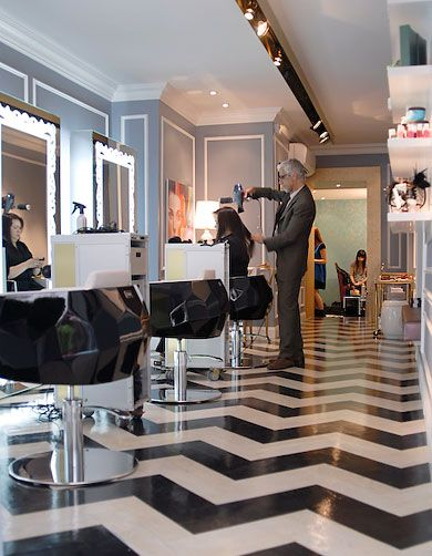 Upmarket Salon Part 87