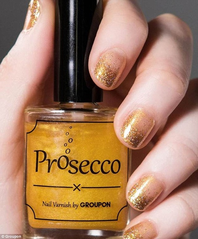 So Prosecco FLAVOURED nail varnish is about to be ahellip