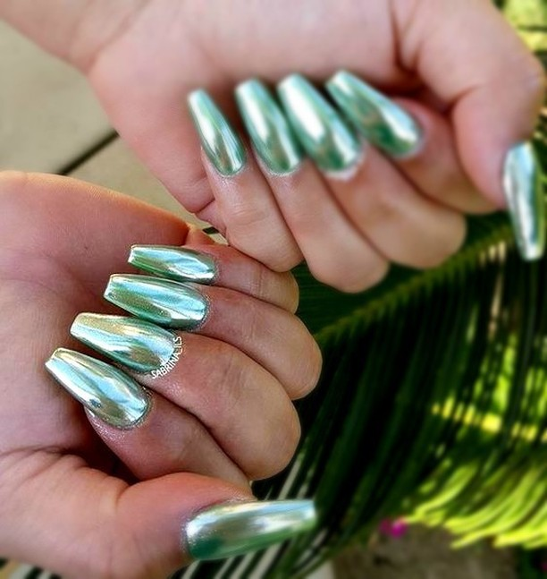 We still love a chrome manihow amazing is this minthellip