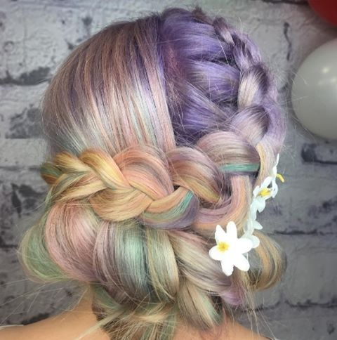 Were loving rainbow hair at the minute! How amazing ishellip
