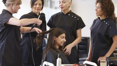 The importance of uniform within your salon – Is it necessary?